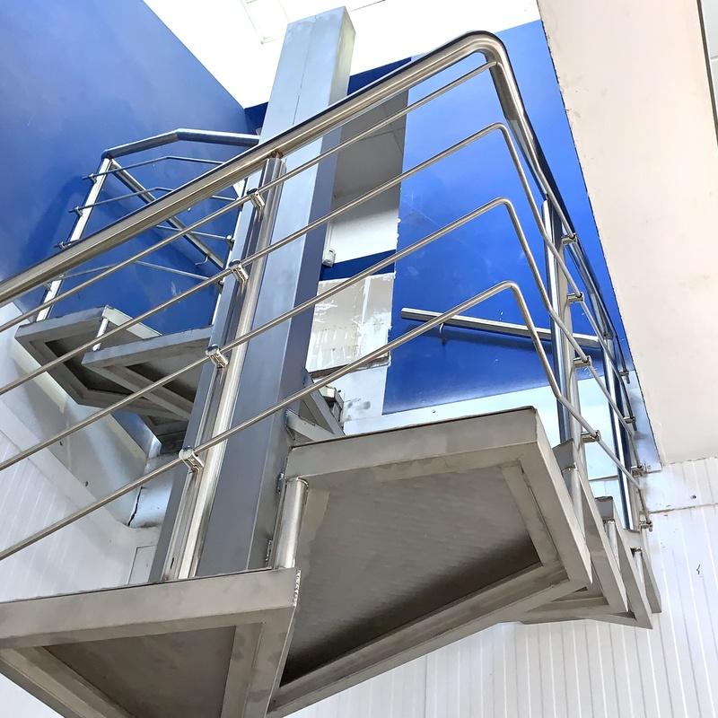 Barandillas de acero inoxidable : Nuestros servicios de Cerrajería Inox Las Salinas