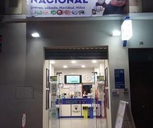 FACHADA NOCHE