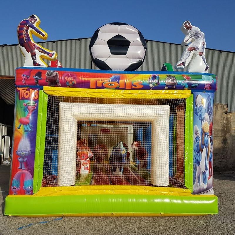Campo de Futbol variado: Catálogo de Hinchables Happy Jump