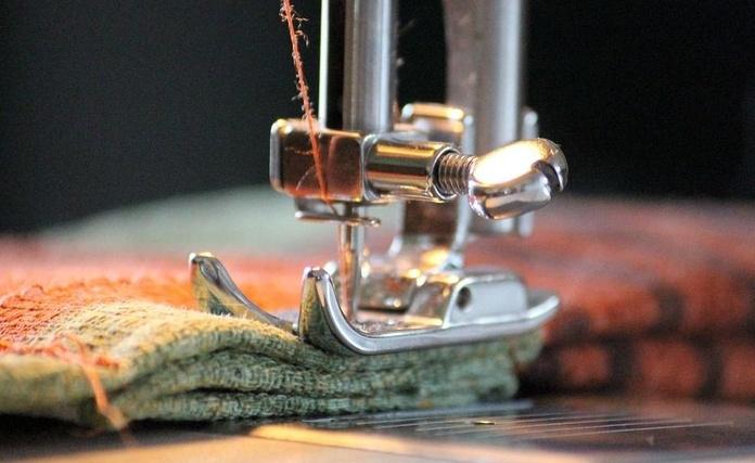 Máquinas de coser industrial : Productos y servicios   de Nescas