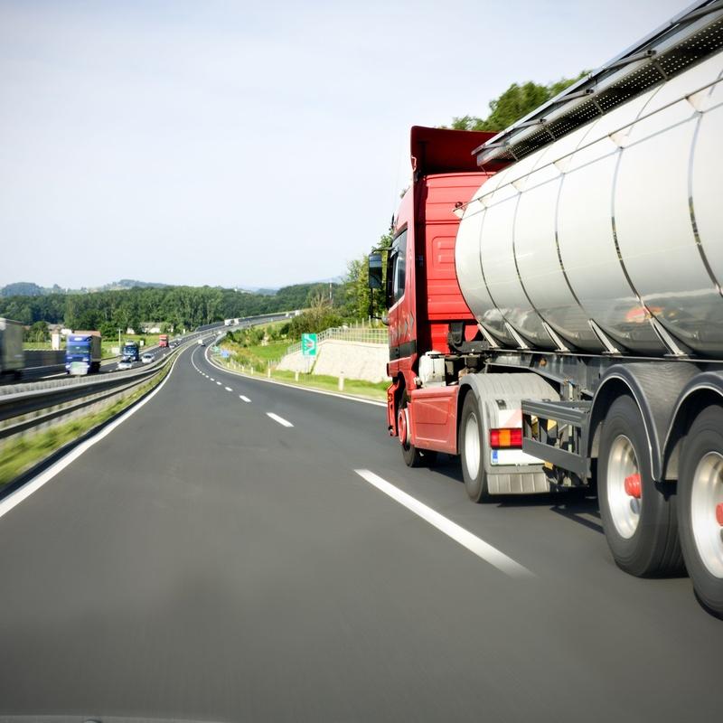 Distribución de gasóleo a domicilio: Servicios de Gasolinera Aínsa