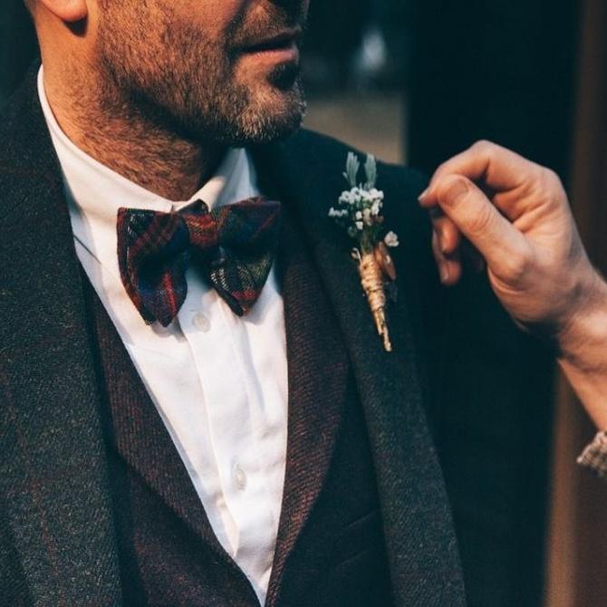 Los hombres también acuden a la peluquería y a la barbería antes de una boda o evento social