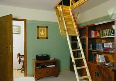 Escaleras  para altillos en Vizcaya