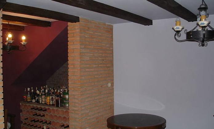 Pintado de bodegas: Servicios of Rulato