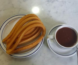 Artesanos del chocolate con churros y porras en Madrid