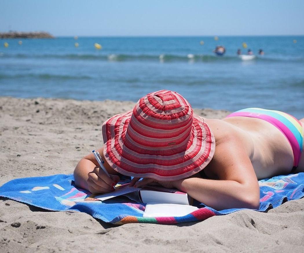 Cuida tu piel del sol con cosmética natural
