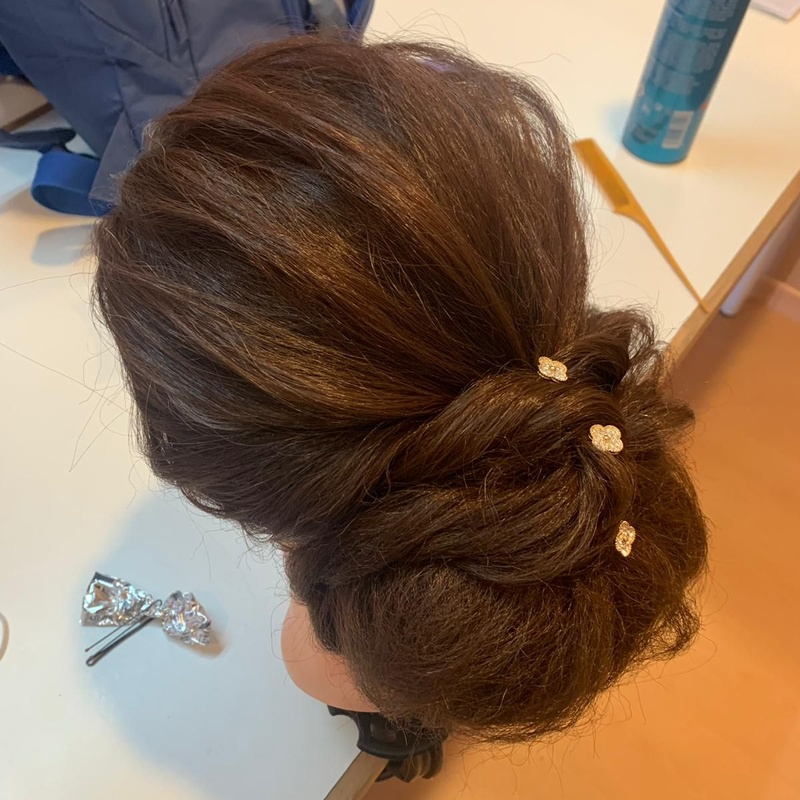 Auxiliar de Peluquería: Cursos peluquería y estética de Vevey