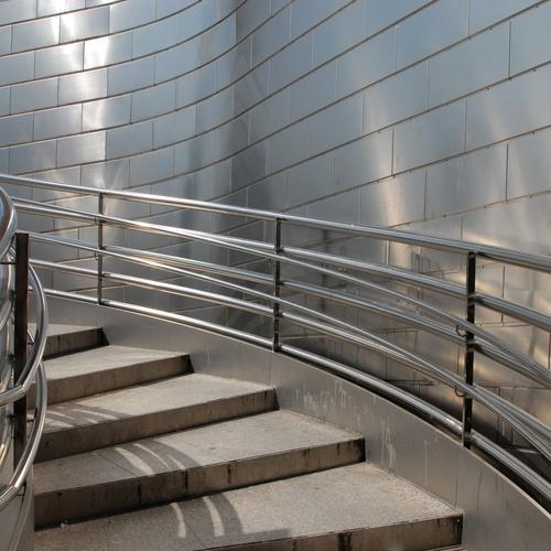 Componentes de barandillas en acero inoxidable en Zaragoza
