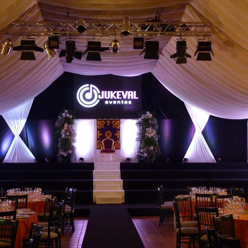 Telones y cortinas: Nuestros servicios de Jukeval Eventos