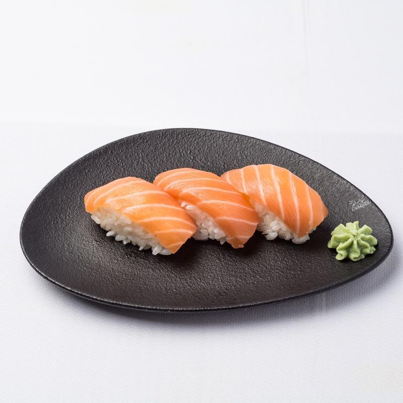 Nigiri de salmón: Carta de Restaurante Sowu