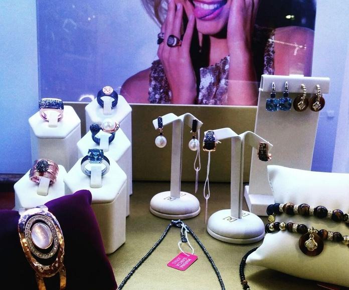 Joyería: Productos y servicios de Óptica Santamaría