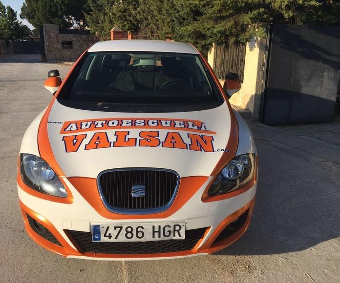 Permiso B (edad mínima 18 años): Permisos y Cursos de Autoescuela Valsan