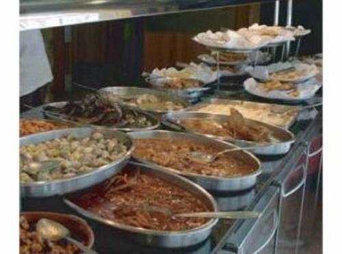 Platos calientes y guisos del #buffet