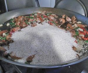 Preparando nuestra paella