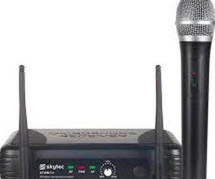 MICROFONO INALAMBRICO STWM711: Nuestros productos de Sonovisión Parla
