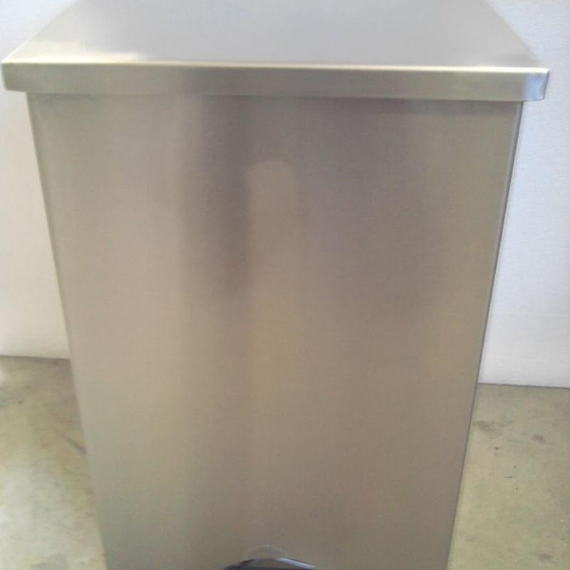 Cubos de basura en acero inoxidable: Productos de Inoxmueble