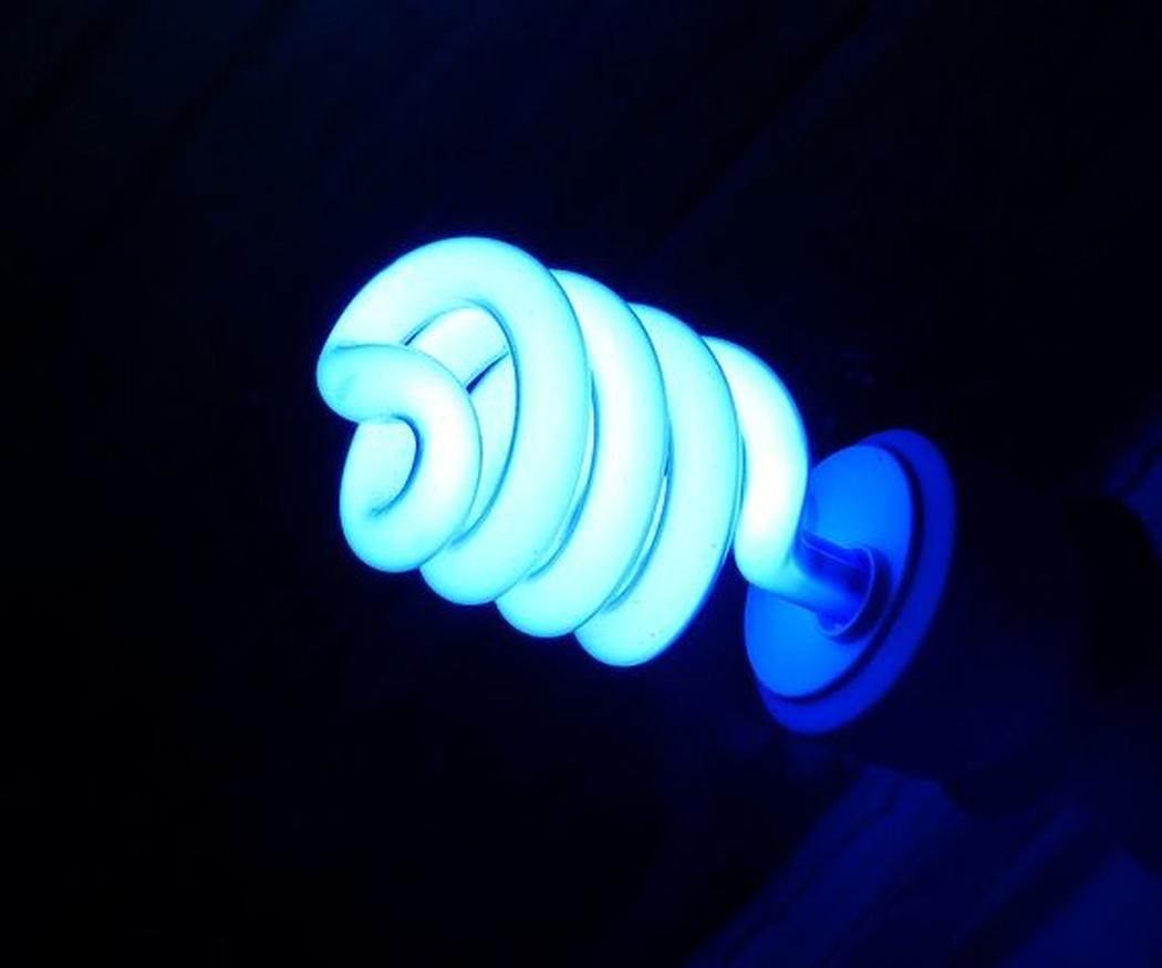 ¿Bombillas led o bombillas de bajo consumo? Claves para la elección