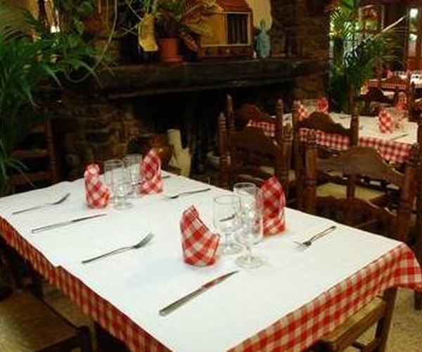 Restaurante con ambiente familiar y profesional