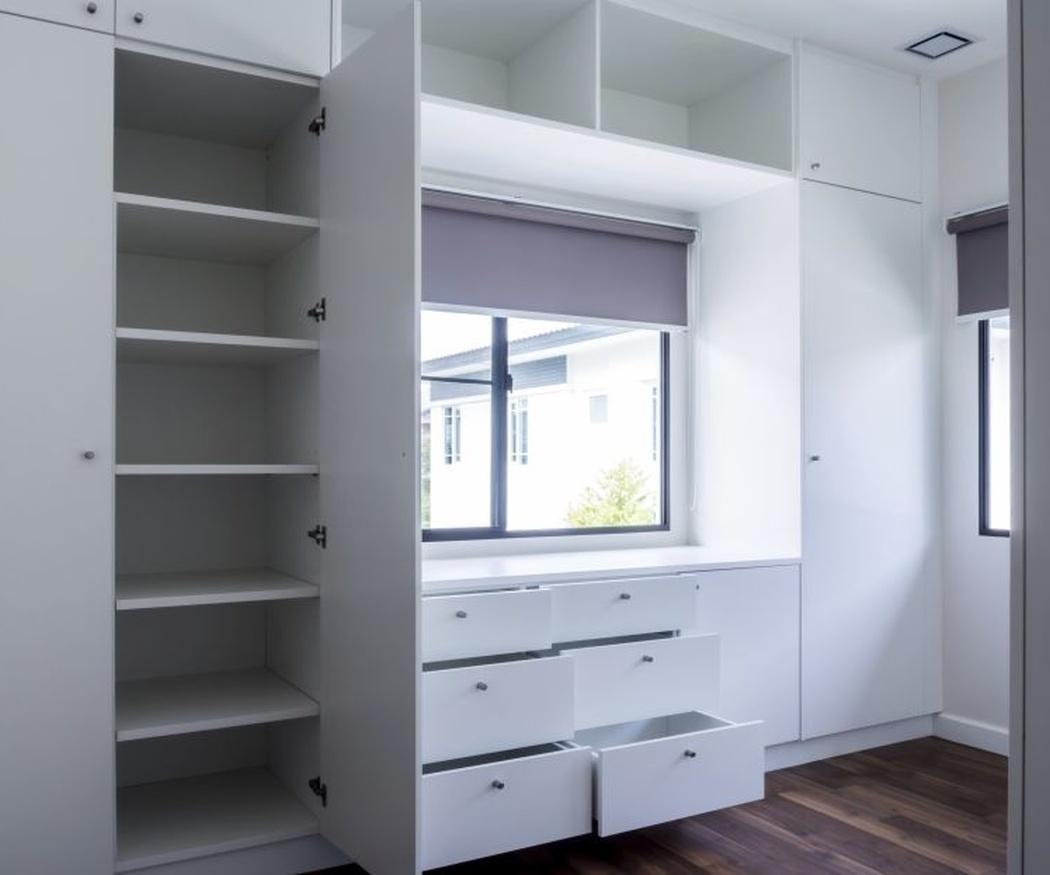 Consejos para decidir el diseño interior de tu armario