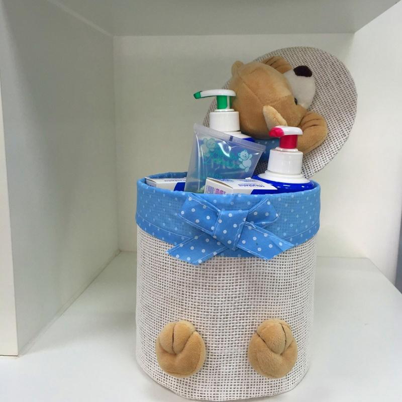 Canastillas de bebé personalizadas: Servicios de Farmacia Cristina de Diego Martínez