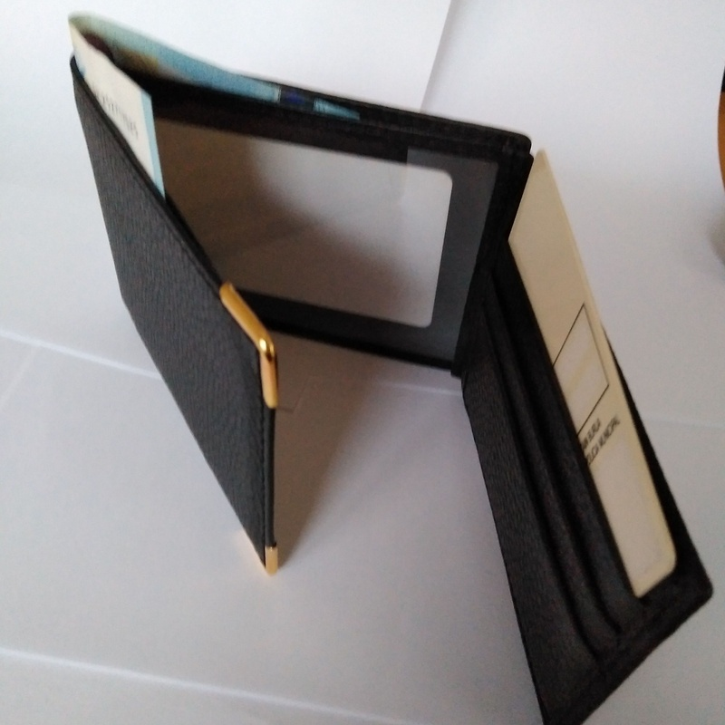 Cartera portaplaca de  tres cuerpos con billetero: Catálogo de Izulan