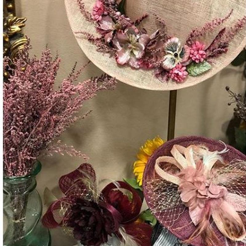 Tocados y complementos: Productos de Floristería Miriam