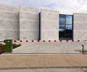 Contrato de mantenimiento para puertas de garaje: Productos y Servicios de Talleres Sibel