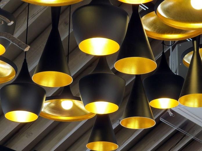 Ahorro energético y a lámparas LED: Servicios de Iluminación Raquel