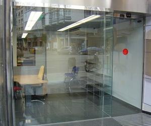 Distribuidores oficiales de puertas automáticas Máster Ingenieros