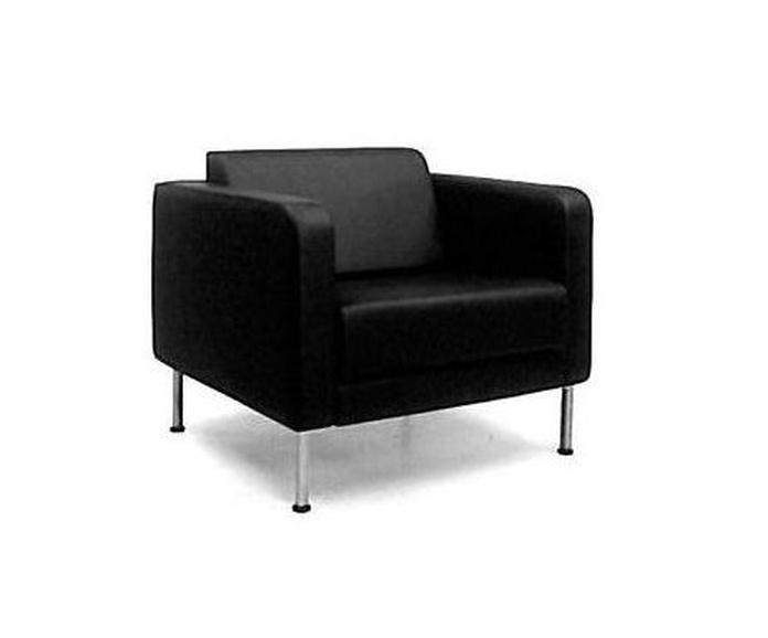 Sillón negro.: Alquiler de mobiliario de Stuhl Ibérica Alquiler de Mobiliario