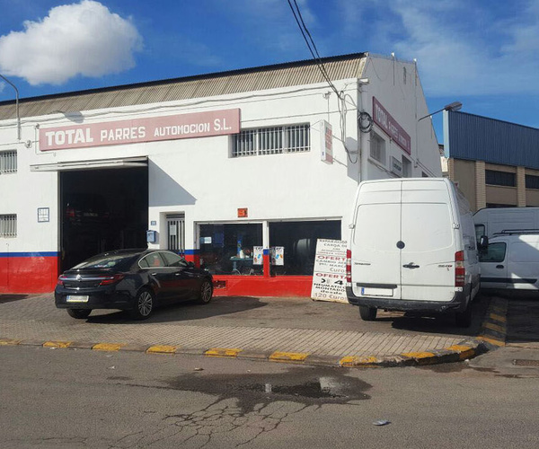Parres Automoción, talleres de coches en Alicante