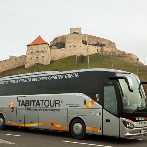 Tabita Tour, transporte internacional