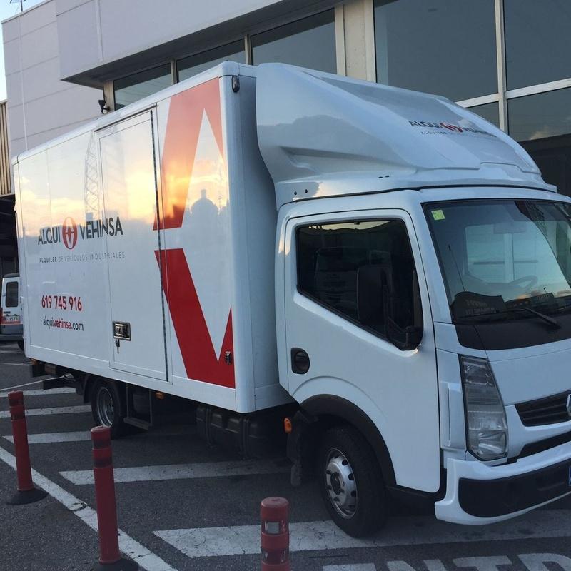 Alquiler camiones plataforma elevadora Asturias