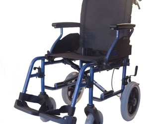 Sillas de ruedas y andadores