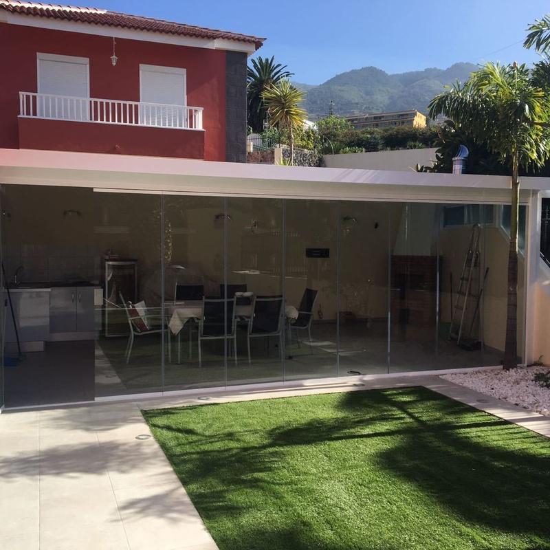 Especialidad: Carpintería  Aluminio Tenerife de Namiju Aluminios