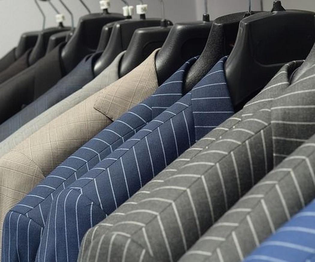 Cómo elegir el material perfecto para tu traje