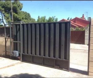 Puertas correderas residenciales e industriales