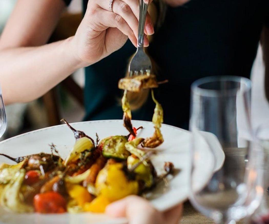 Cómo identificar una relación compulsiva con la comida