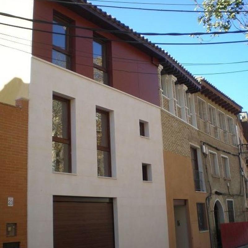 Rehabilitación como edificio de viviendas de edificio catalogado de interés arquitectónico.  Calle Mayor, Juslibol, Zaragoza