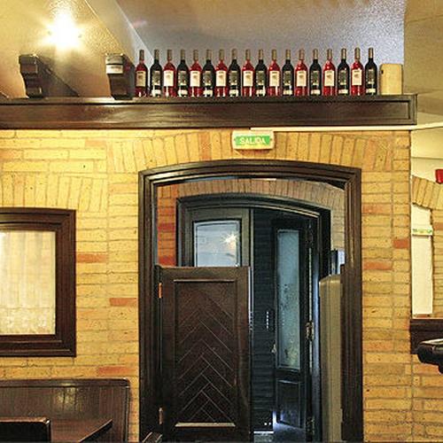 Bar Bodegas Leyre - Trato agradable