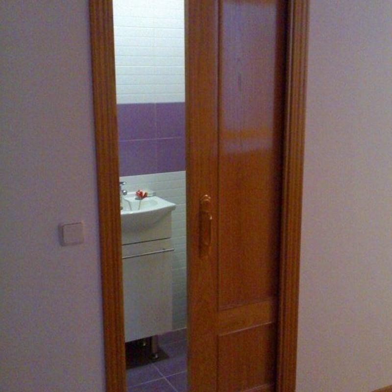 Las puertas correderas son la solución ideal en espacios reducidos