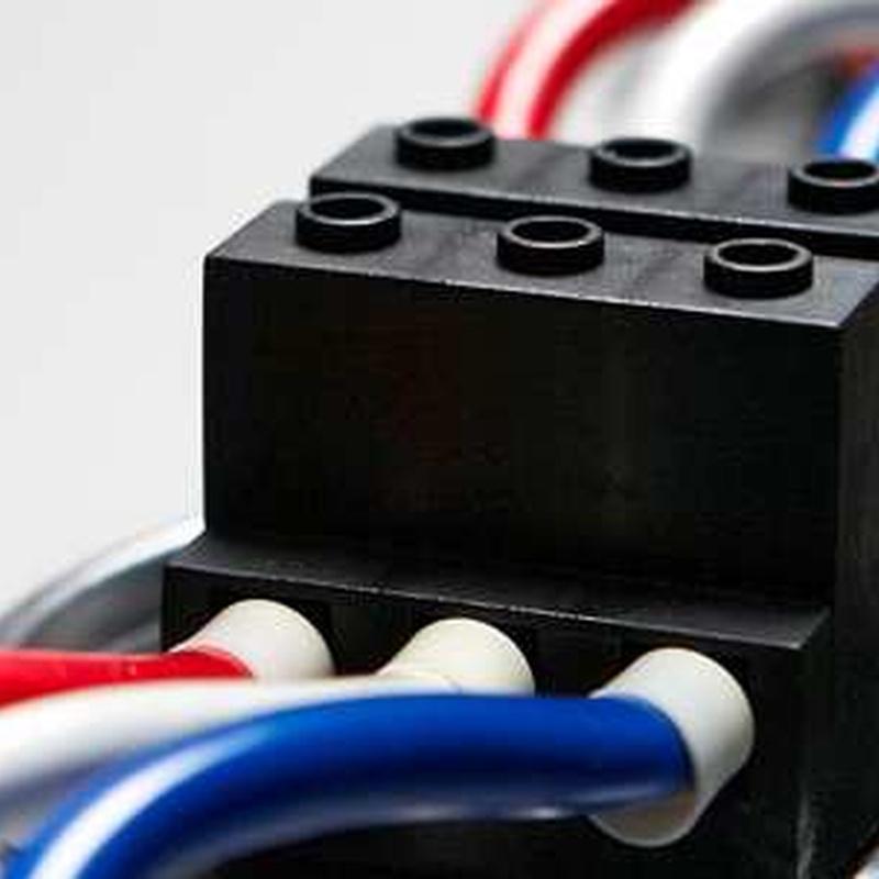 Electricidad: Servicios de Camacho Servicios