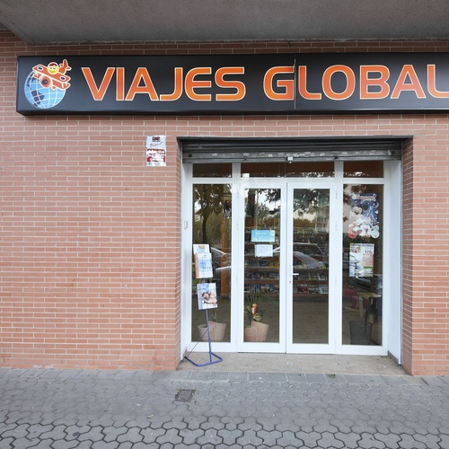 Fachada de nuestra agencia de viajes en Sevilla