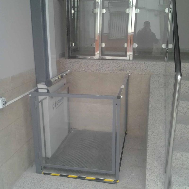 Salvaescaleras vertical: Productos de Ferman Elevación