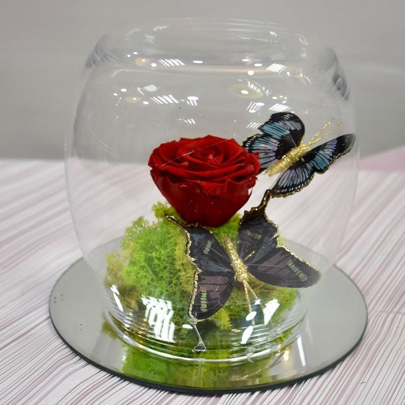 Rosa eterna en base de espejo: Servicios de Floristería Contreras