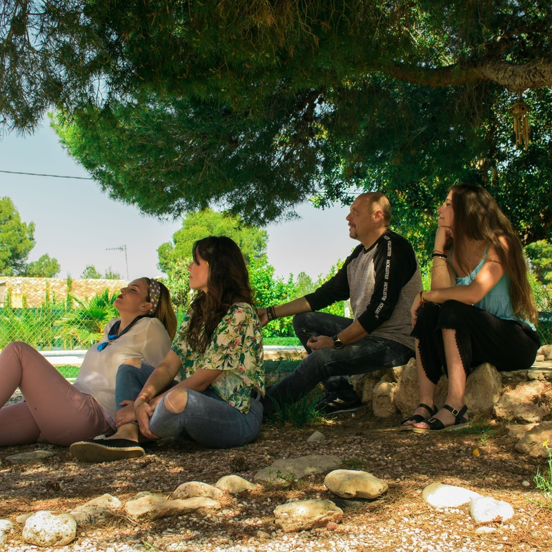 La Familia: Servicios de Vida Nova Valencia