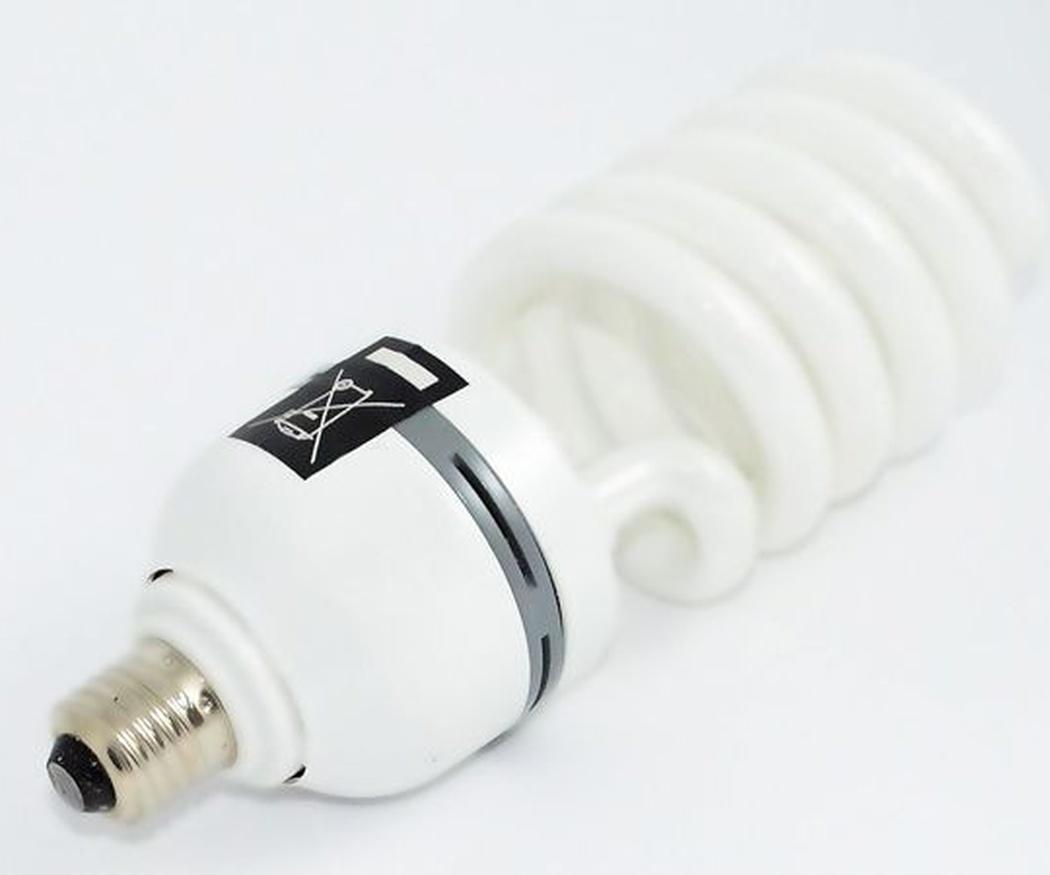 Los diferentes tipos de bombillas y consumos