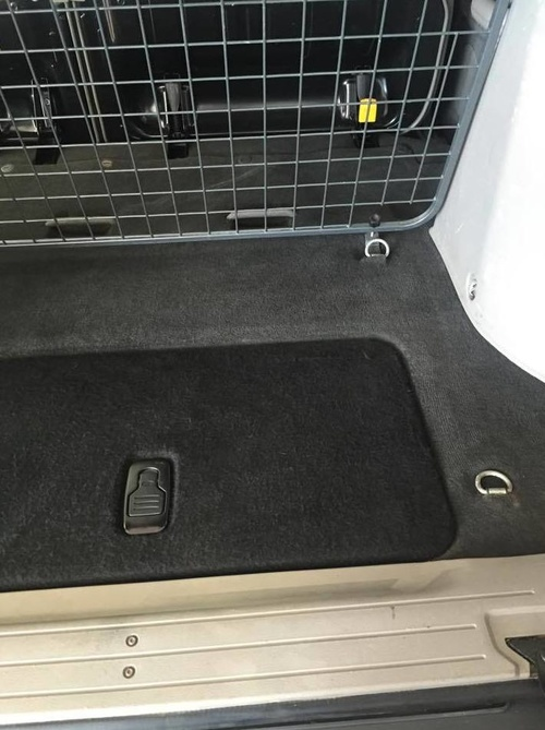 Lavado interior de coches, moquetas y tapizados