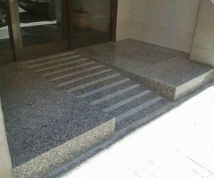 Rampa de acceso a edificio
