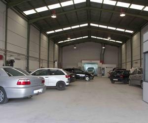 Limpiar la tapicería del coche en Valencia | Talleres Autocapsa